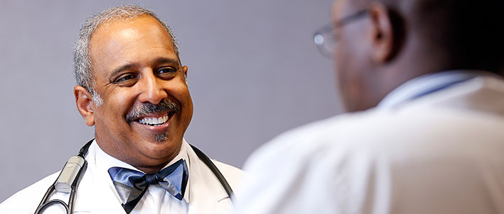 Meharry Medical School >> Dr. Charles Mouton at Meharry's Skyline clinic